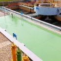 Aplicación de resina epoxi en solera de planta industrial en ETAP Bodonal